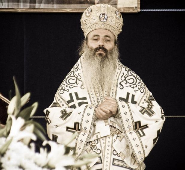 Mitropolitul Teofan provoacă la răzvrătire şi este aproape de a genera o nouă schismă în Moldova