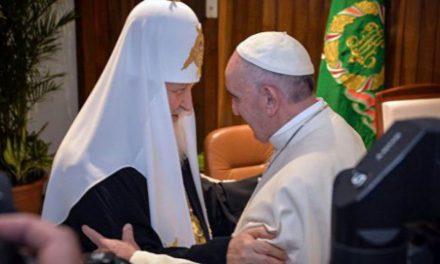 SURSE: Peste jumătate din preoții ruși au întrerupt în taină pomenirea patriarhului Kiril, pe motiv de ecumenism