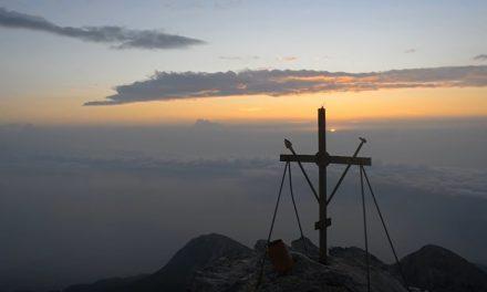 Athosul – minunea minunilor. Ține-i, Doamne, ortodocși pe toți !!!
