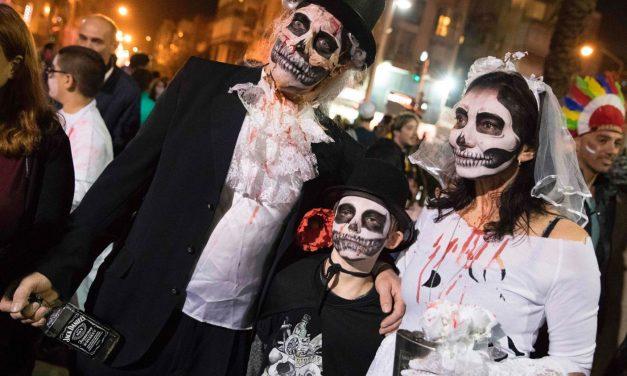 """Sărbătoarea evreiască ,,Purim"""" s-a transformat în ,,Zombie Walk"""""""