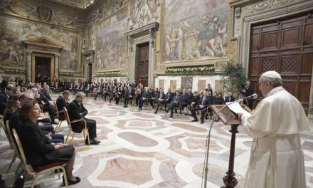 """Semnele vremurilor: despre vizita liderilor UE la Vatican, războiul generalizat și """"Ultimul Papă"""""""