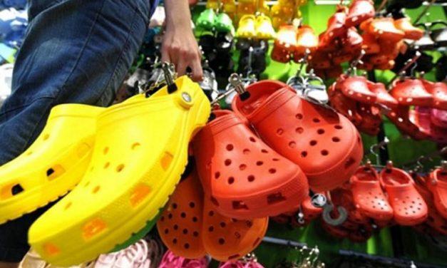 Daca aveti aceste tipuri de sandale, aruncati-le imediat! S-a descoperit ca sunt confectionate dintr-un material CANCERIGEN