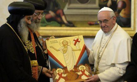 """DE CE S-AU ÎNTÂLNIT LA CAIRO? Papa Francisc I caută un mod de a UNIFICA PAȘTILE cu toți ereticii: """"ECUMENISMUL poate fi promulgat numai dacă TOȚI SUNTEM ÎMPREUNĂ"""""""
