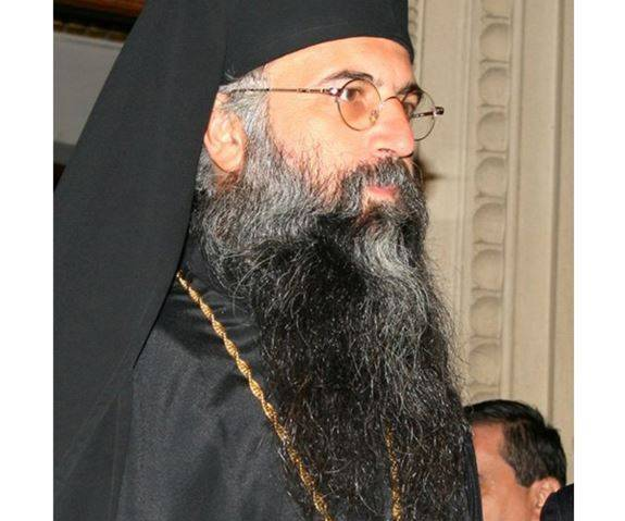 Părintele Claudiu Vasile Maria de la Parohia Pietroasa – jud. Vâlcea, a întrerupt pomenirea ierarhuluisău!