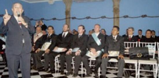 """Iată pe cine a recunoscut B.O.R. la Creta ca fiind """"biserică"""": arhiepiscop CATOLIC din Brazilia, participant la sărbătorile MASONILOR"""