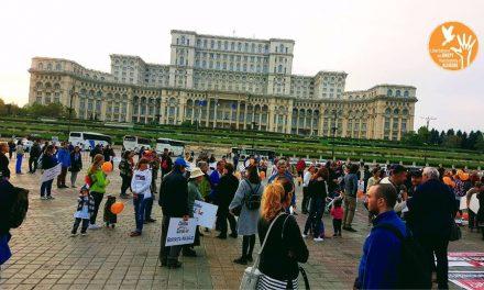 Protest împotriva OTRĂVIRII OBLIGATORII a populației României. Haideți cu toții mâine între 16:00 – 19:00 în parcul Izvor