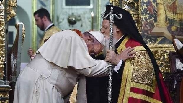 Prin ce se deosebește atunci ecumenismul de masonerie? Amândouă au, în cele din urmă, aceeași învățătură!