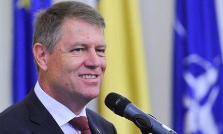 Din nou contra familiei: Klaus Iohannis NU va promulga Legea Referendumului, deși este obligat de lege să o facă. Președintele a anunțat că o va contesta la CCR