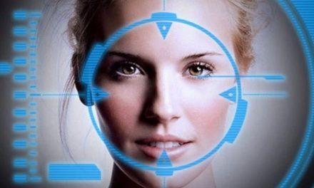 TEHNOLOGII ANTIHRISTICE… Telefoanele iPhone nu vor scana doar detalii distinctive ale feţei, ci vor pătrunde şi sub piele  Citeşte mai mult pe aparatorul.md: TEHNOLOGII ANTIHRISTICE… Telefoanele iPhone nu vor scana doar detalii distinctive ale feţei, ci vor pătrunde şi sub piele https://www.aparatorul.md/tehnologii-antihristice-telefoanele-iphone-nu-doar-vor-scana-detalii-distinctive-ale-fetei-ci-vor-patrunde-si-sub-piele/