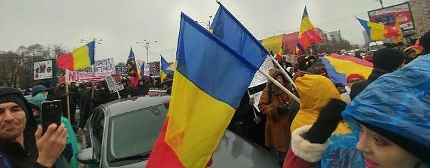 Peste 2.000 de oameni au participat la un nou protest împotriva Pactului pentru Migrație