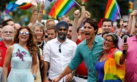 Canada: Un judecător a decis că tatăl NU are niciun drept să-și împiedice fiica de 14 ani să devină băiat