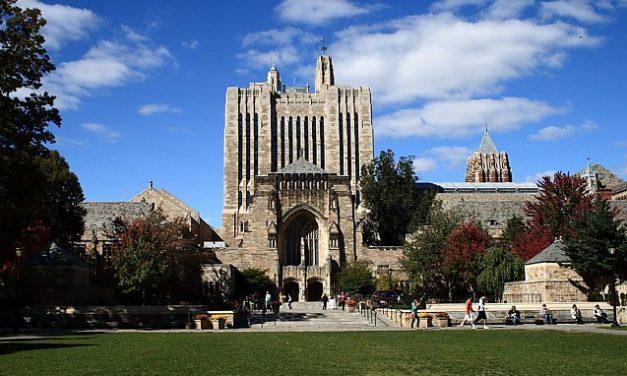 SUA: Facultatea de Drept Yale NU mai acordă burse studenților creștini care critică ideile LGBT și corectitudinea politică