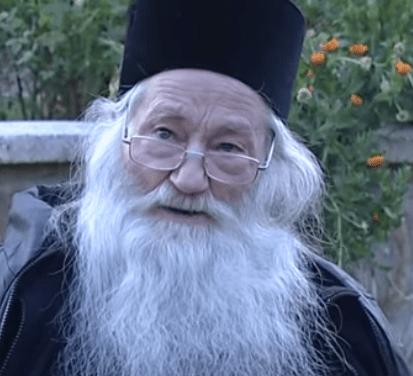 """""""Politicienii noştri sunt doar nişte marionete ale noii ordini mondiale"""" – Părintele Arhim. Justin Pârvu"""