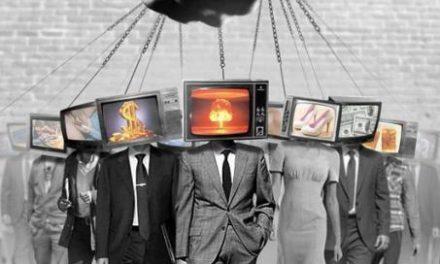 Fermecarea omenirii. Ecranul – instrumentul implementării în conştiinţa oamenilor a ideologiei Noii Ordini Mondiale. Prin Ecran se înfăptuieşte o manipulare fără precedent a conştiinţei omeneşti în direcţia asemănării cu demonii