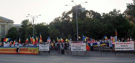 Codul Ticăloșilor și Kígyók sziget Románia szívében – Insula Șerpilor din inima țării, gata să sugrume România