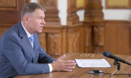"""Avocatul și Profesorul de Drept Corneliu Liviu Popescu: """"Decretul prezidențial privind starea de urgență este nelegal"""""""