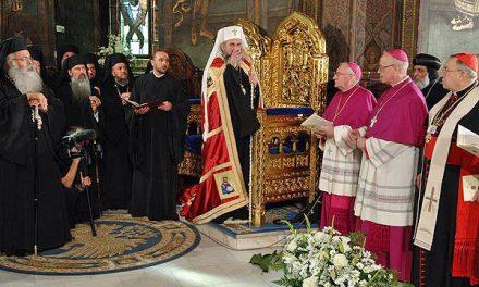 Prin cei care au trădat Ortodoxia nu poate fi Înviere!