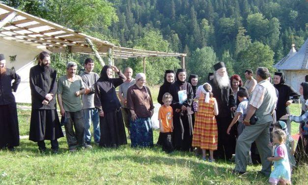 SOLUȚIA PĂRINTELUI JUSTIN PENTRU VREMURI DE PRIGOANĂ