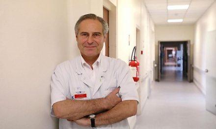 """""""Medicii primesc bani dacă declară un pacient pozitiv. Francezii au fost hipnotizați de politica fricii"""". Aceste declarații i-au adus demiterea unui medic francez"""