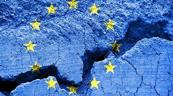 Parlamentul European adoptă o rezoluție inițiată de Grupul lui Dacian Cioloș în care declară UE ZONĂ LIBERĂ PENTRU LGBTQI, ca reacție la decizia a peste 100 de municipalități din Polonia care s-au declarat ZONE LIBERE DE LGBTQI