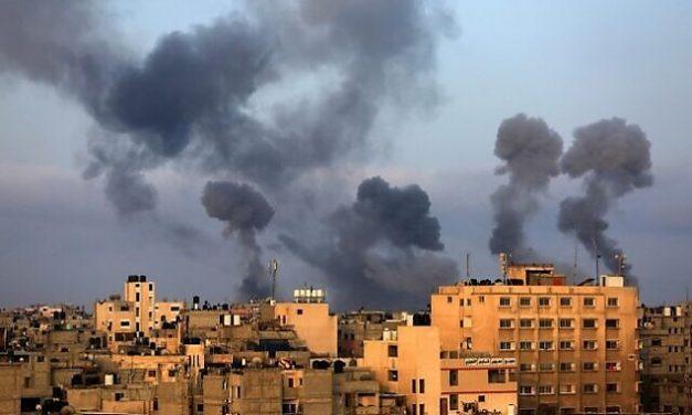 """Sioniștii grăbesc reconstruirea Templului în care îl vor înscăuna pe antihrist cu largul concurs al """"ortodocșilor"""" ecumeniști trădători de Hristos: Ploaie cu 130 de rachete în Tel Aviv, ca reacție la distrugerea unui bloc-turn din Fâșia Gaza, lovit de o rachetă israeliană (video)"""